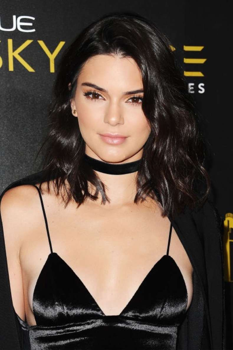 gettyimages-576623214-kendall-jenner-lob