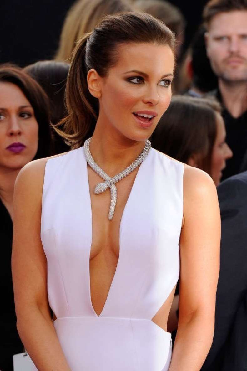 mcx-new-takes-on-the-pony-kate-beckinsaleeeeee