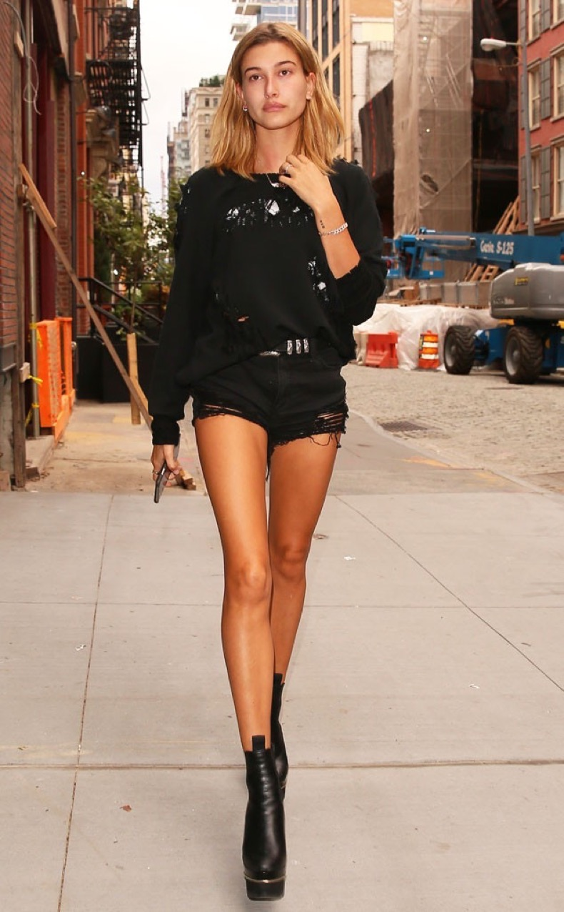 rs_634x1024-160907054236-634-hailey-baldwin-nyc-jr-090716