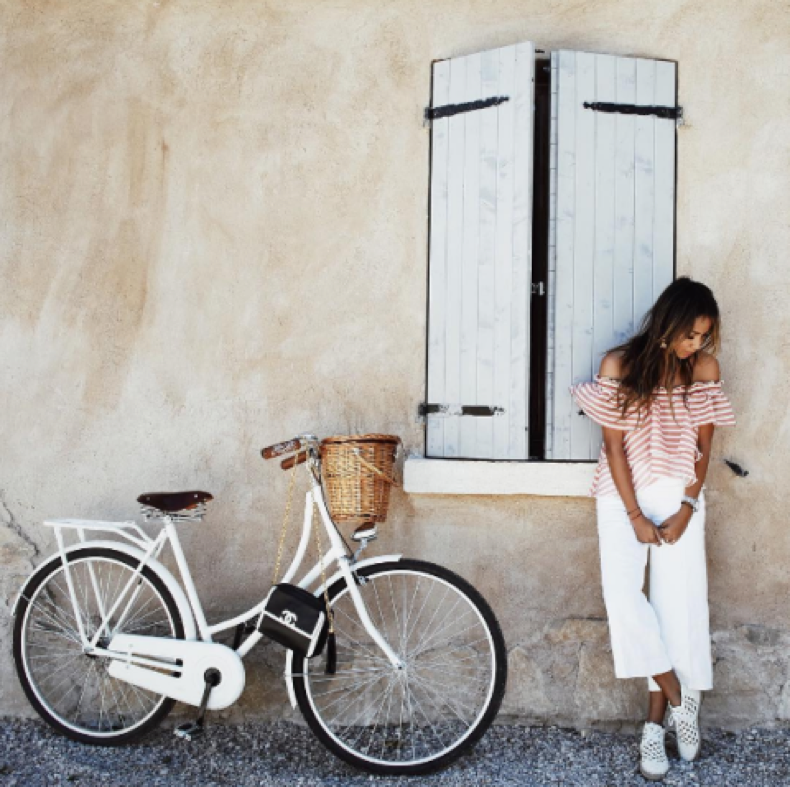 summer-weekend-vacation-culottes-jetsetter-resort-off-the-shoulder-ruffled-strioed-top-bike-sincerely-jules-sincerelyjules-instagram