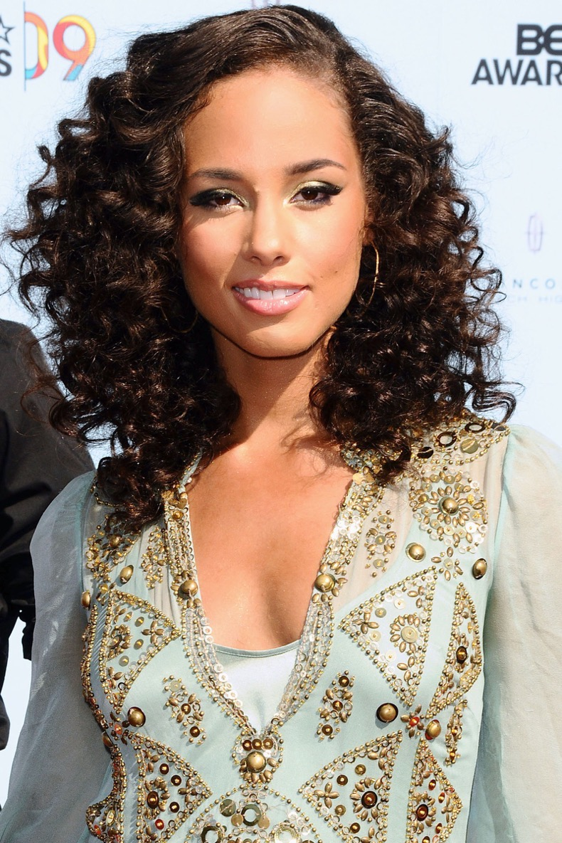54c697e2b57ba_-_hbz-curly-hair-02-alicia-keys