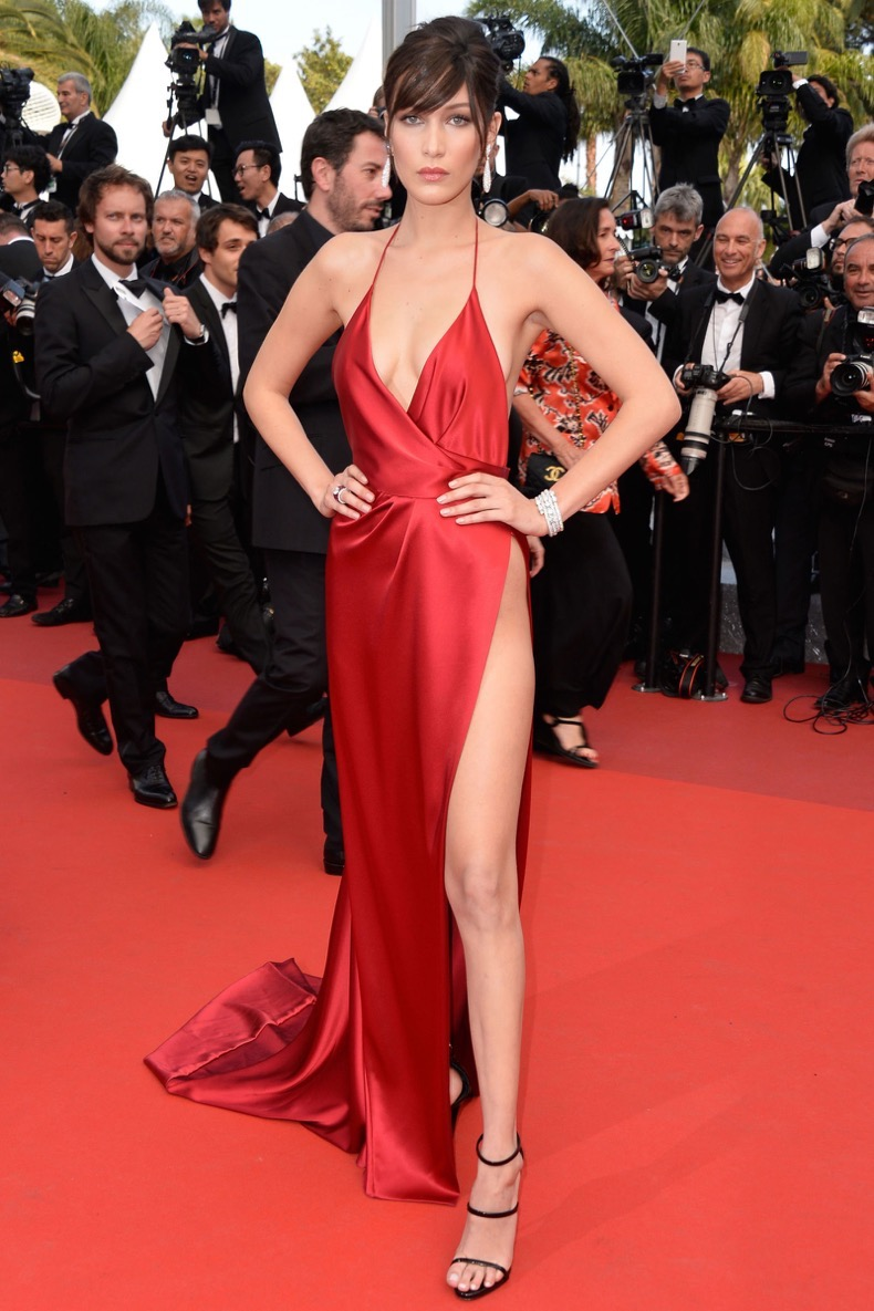 hbz-best-red-carpet-looks-of-the-year-bella-hadid
