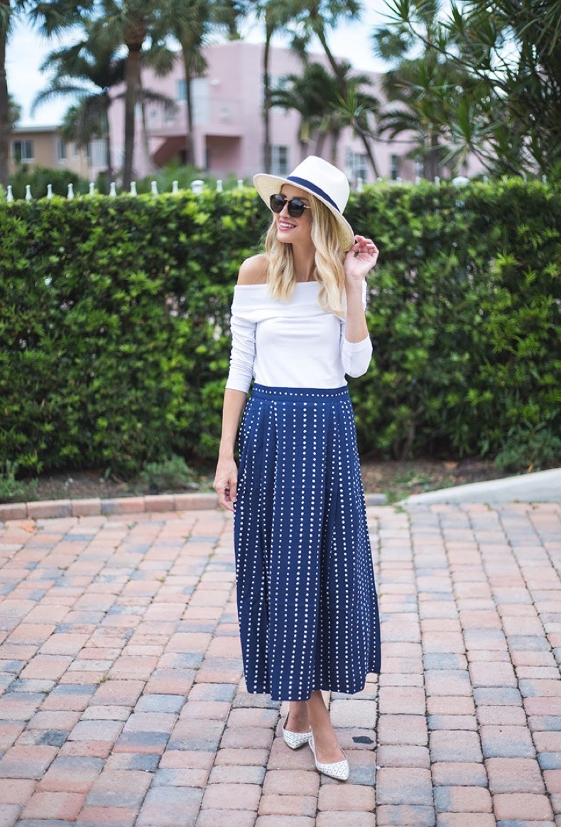 how-to-wear-stripes-summer-little-blonde-book
